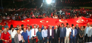 Müslüman Alimler Bağcılar'da 15 Temmuz demokrasi nöbetlerine katıldı