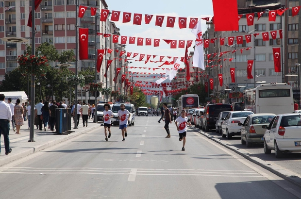 15 Temmuz şehitleri anısına halk koşusu yapıldı
