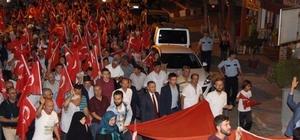 Şaphaneliler demokrasi için yürüdü