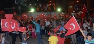 Çermik ve Çüngüş'te binlerce vatandaş FETÖ ve PKK'yı lanetledi