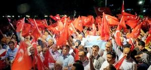 Mudanya demokrasi nöbetine sahip çıktı