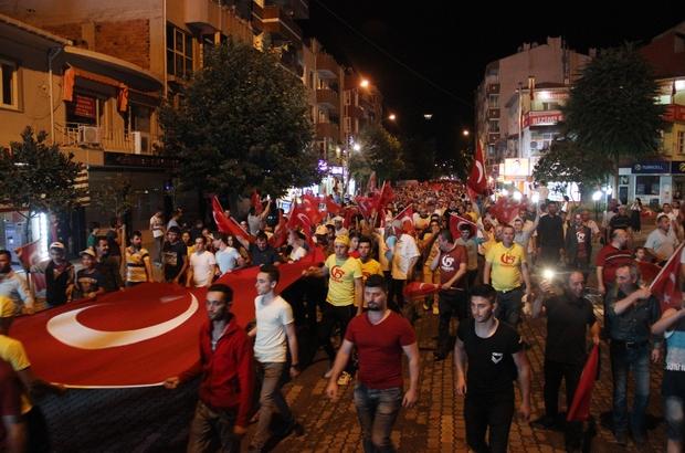 Çan'da binlerce kişi yine sokaklardaydı