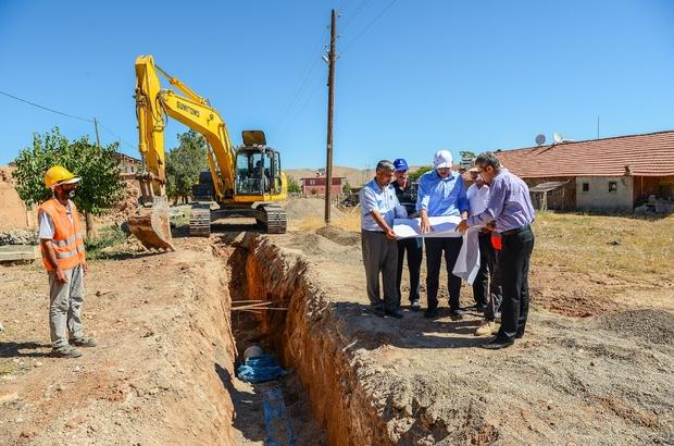 MASKİ Yazıhan'da altyapı çalışmalarına devam ediyor