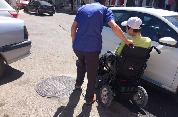 Engellilere hatalı park engeli