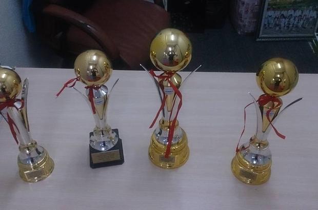 Kırşehirli sporcular Marmara Cup Karate'de 4 kupa birden aldı