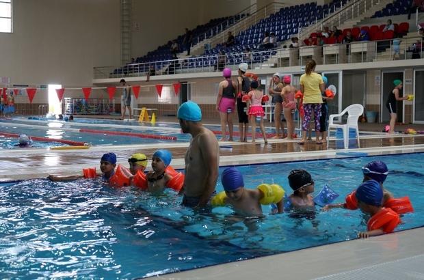 Adıyaman Belediyesi yüzme kursuna yoğun ilgi