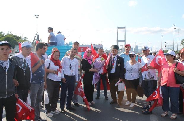 Karesi, 15 Temmuz Şehitler Köprüsü'nde anma etkinliğine katıldı.