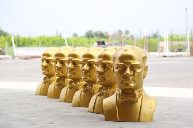 Mezitli Belediyesi, her siteye Atatürk büstü dikecek