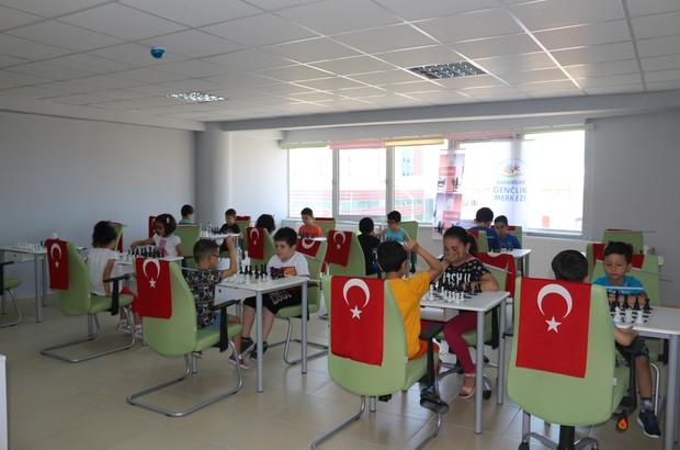 Karahisar Gençlik Merkezi 15 Temmuz anısına satranç turnuvası düzenledi
