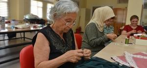 Çiğli'de sanat kurslarına yoğun ilgi