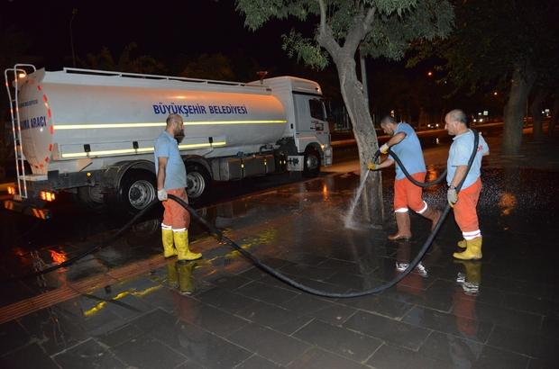 Diyarbakır kaldırımları tazyikli su ile yıkanıyor