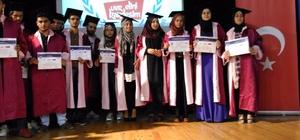 Suriyeli öğrenciler 9 ayda Türkçe öğrendi