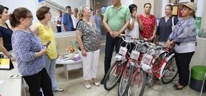 Mersin'deki kadın muhtarlar tüm işlerinde bisiklet kullanacak