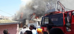 Yenipazar'da yangın bir evi kül etti