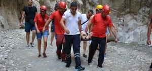 Saklıkent Kanyonu'da Düşen Tatilci Kurtarıldı