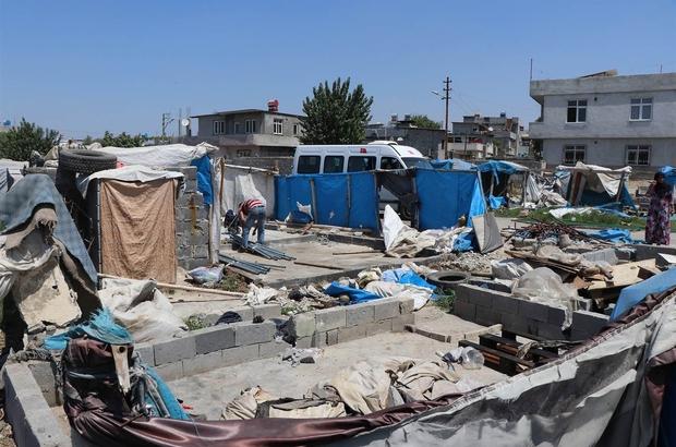 Çadırlarda barınan Suriyeliler, daha yaşanabilir ortamlarda konaklayacak