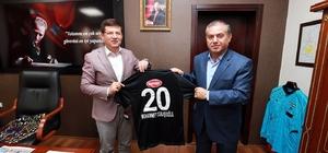 Başkan Subaşıoğlu'na Denizlispor forması
