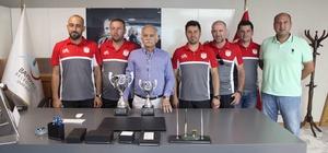 Bayraklı'dan üç sporcu Türkiye şampiyonu oldu
