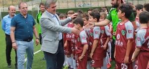 Amasya Belediyespor'dan 200 çocuğa futbol eğitimi