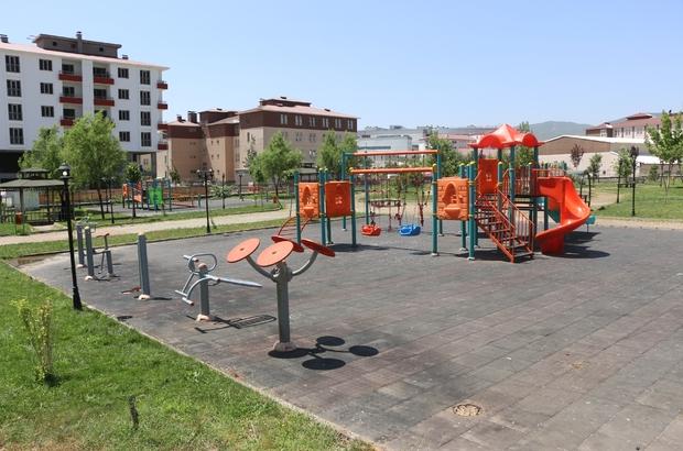Bingöl Belediyesi, parkları onarıyor