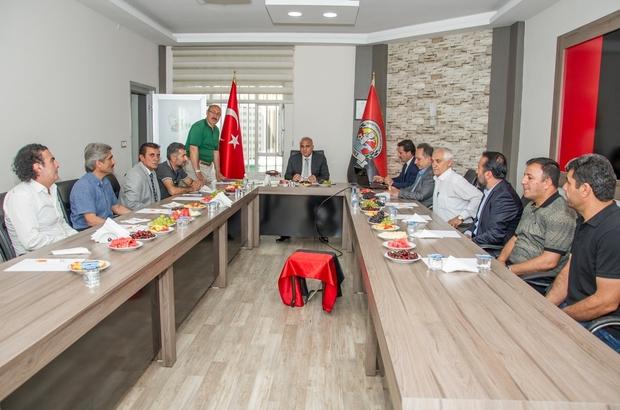 Vali Zorluoğlu'ndan Van Büyükşehir Belediyespor Tesislerine ziyaret