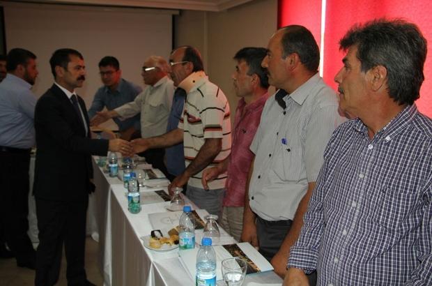 Vali Aktaş Kozaklı'da köy muhtarları ile buluştu