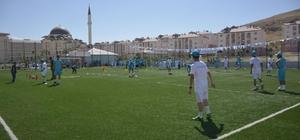 Tuşba Belediyesinin yaz spor kursları açıldı