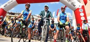 """Başkan Doğan'dan """"Ayasofya için pedallıyoruz"""" ekibine destek"""