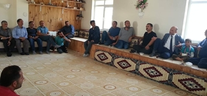 Tarım İl Müdürü, Gökçedere'de kurbanlık yetiştiricileri ile toplantı yaptı