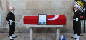 Edirneli 'Gazi Baba' son yolculuğuna askeri törenle uğurlandı