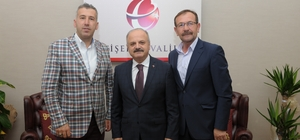 Vali Çakacak, belediye başkanlarının iyi niyet dileklerini kabul etti