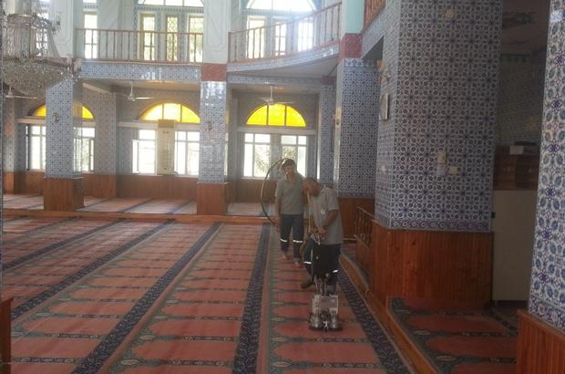 Akdeniz'de ibadethaneler temizleniyor