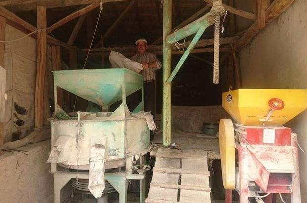 Aslanapa'da 40 yıllık ahşap değirmen