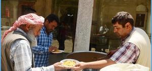 Her cuma günü 'Battalgazi Lokması' dağıtılıyor