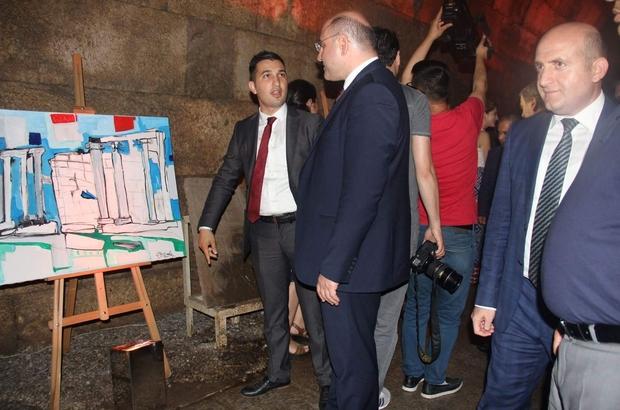 Aizonai'yi anlatan tablo sergisi açıldı