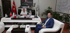 İl Sağlık Müdürü Şenel'den Başkan Özakcan'a ziyaret