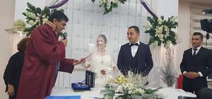 Başkan Yalçın, genç çiftin nikahını kıydı