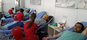 Kızılay mobil kan toplama aracı Aşkale'de