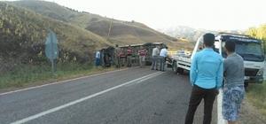 Suşehri'nde minibüs devrildi: 1 yaralı
