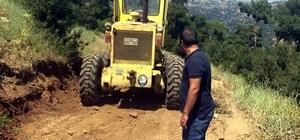 Salihli'de arazi yolları yenileniyor
