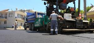 Büyükşehir'den sıcak asfalt çalışması
