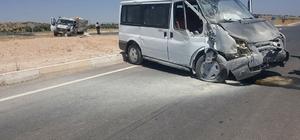 Midyat'ta trafik kazası: 3 yaralı