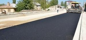 Vanyolu Caddesi'nde asfalt çalışması