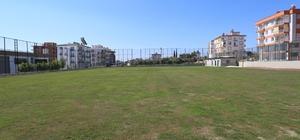Varsak çim futbol sahası açılıyor