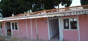 Didim'de tarihi okulun ek binası yerinden kaldırılıyor