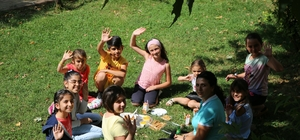 Gençler, bu kurslarda yeni eğitim dönemine hazırlanıyor