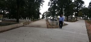 Körfez'de mezarlık yolları yenilendi