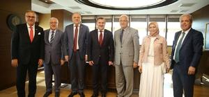 Gaziantep milletvekillerinden, Yeni Spor Bakanı Bak'a ziyaret