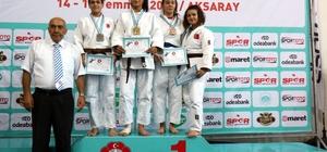 Kağıtsporlu yıldız judocular Türkiye Şampiyonası'nda fırtına gibi esti