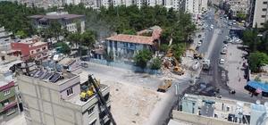 Kentsel dönüşüm çalışmaları kapsamında polis merkezi yıkıldı